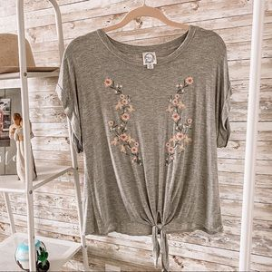 Blue Rain   Grey Tee w/ Embroidered Flowers   Med